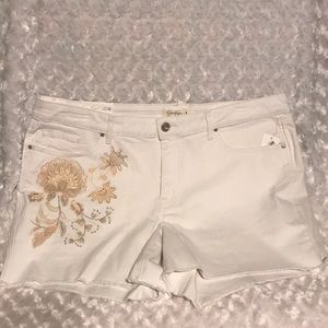 Jessica Simpson white embroidered shorts NWT